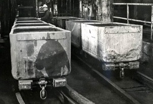 sutton_manor_colliery_tubs