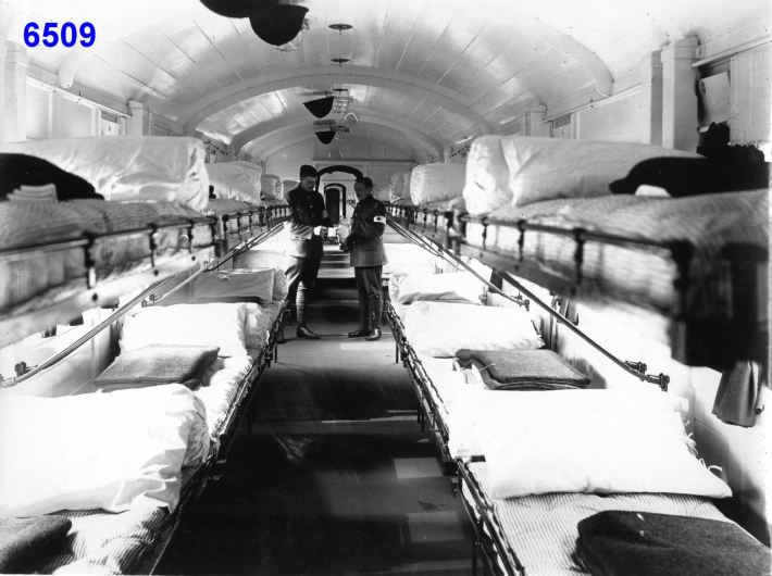 Great Eastern Railway Ambulance Train - Invalid Ward - Aug 1914