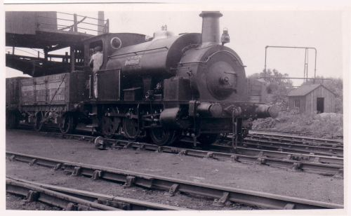 05029 No.5 Beaudesert 0-6-0ST Fox Walker 266-1875 C & R