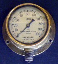 1239 Air Pressure Gauge Hunslet Engine Co., Leeds C11